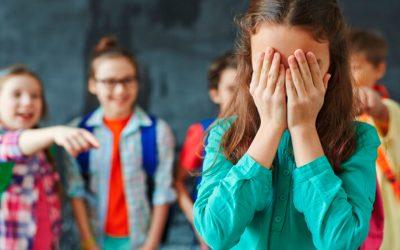 Assetjament escolar